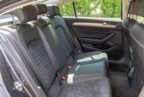 Vw passat sedan aut toplease back seats